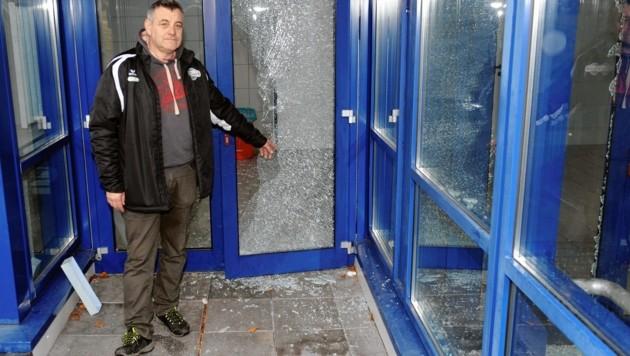 Eismeister Thomas Mittendorfer ist erschüttert über den enormen Sachschaden
