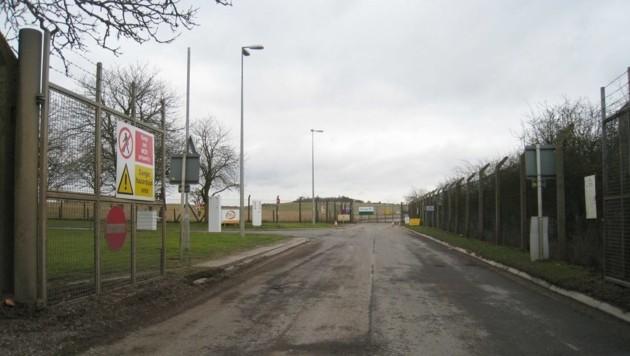 Der Eingang zu Sicherheitseinrichtungen in Porton Down