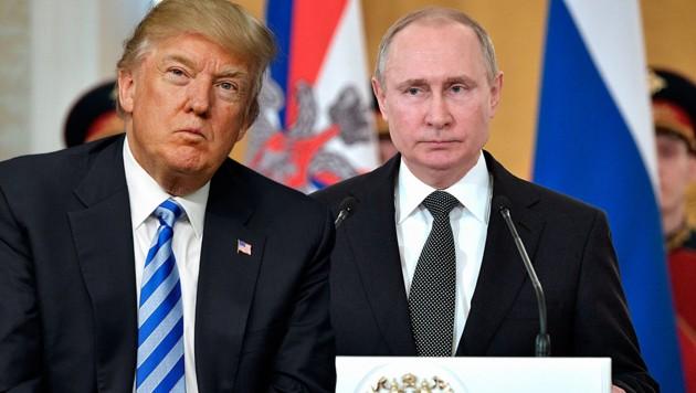 US-Präsident Donald Trump, Kremlchef Wladimir Putin (Bild: AP, krone.at-Grafik)