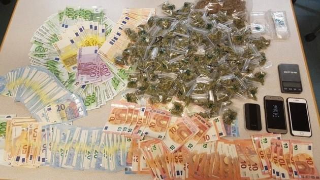 Die Dealer hatten Drogengeld und Ware gehortet (Bild: LPD WIEN)