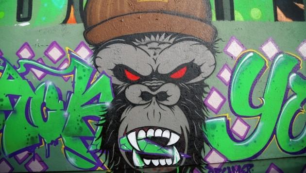 """Der Affe ist ein wiederkehrendes Symbol, und das aus gutem Grund: Stefans Gruppe nennt sich """"Backyard Gorillas""""."""