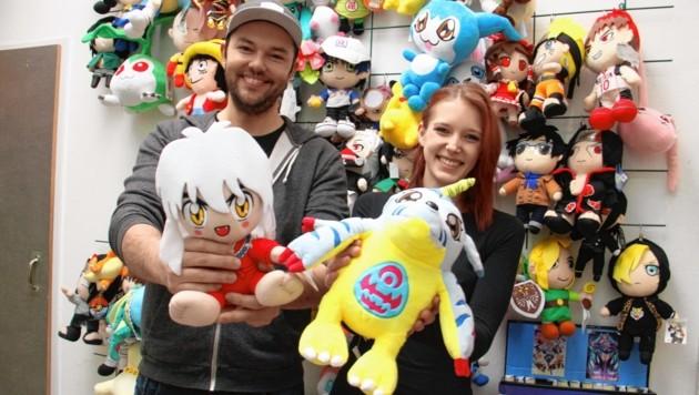 Zwei aus dem Veranstalter-Trio der HanamiCon: Martin Oswald (links) und Sarah Kirchsteiger vom Grazer Shop Anigame (Bild: Jauschowetz Christian)