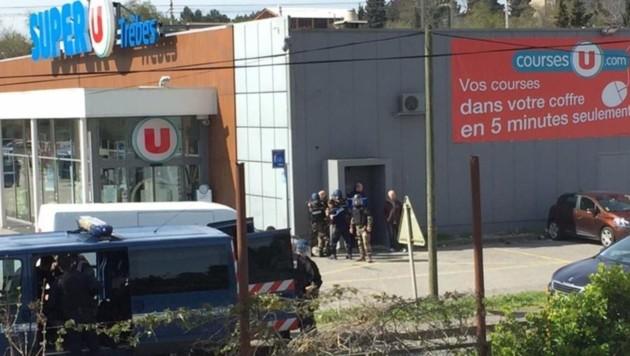 Eine islamistische Geiselnahme in einem Pariser Supermarkt im Jänner 2015 forderte vier Todesopfer. (Bild: AP)