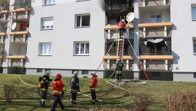 Die betroffene Wohnung brannte komplett aus.