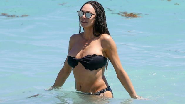 Lilly Becker am Strand in Miami