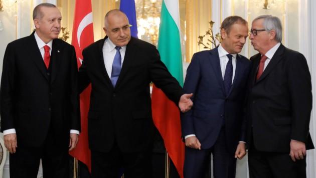 Der türkische Staatschef Recep Tayyip Erdogan, Bulgariens Premierminister Boyko Borissow, EU-Ratspräsident Donald Tusk und EU-Kommissionspräsident Jean-Claude Juncker (v.l.)