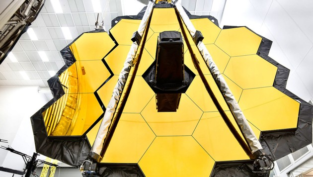 "Der 25 m² große Spiegel des ""James Webb""-Teleskopes (Bild: NASA)"