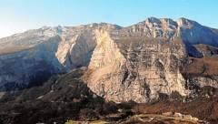 Von diesem Berg sprang der verunglückte Salzburger. (Bild: www.ladigetto.it)