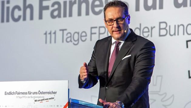 Strache drängt auf 1200 Euro Mindestpension | krone.at