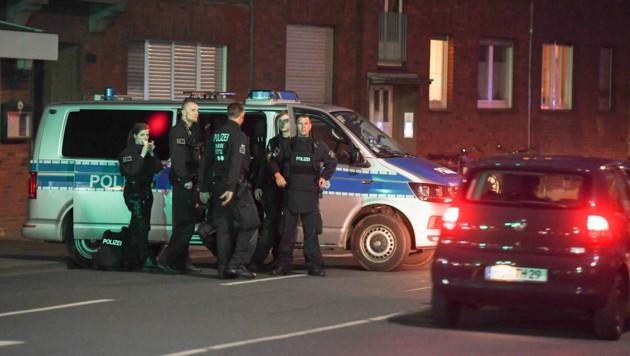 Die Polizei riegelte die Altstadt von Münster ab. (Bild: AFP)