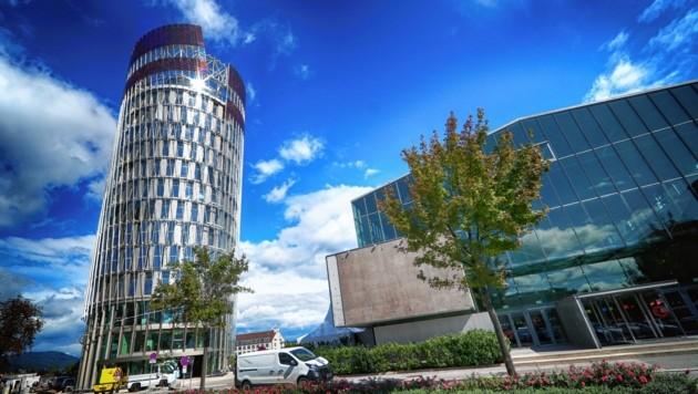 Der neue Science Tower in Graz ist mit einer Sonderveranstaltung erstmals bei der Langen Nacht der Forschung vertreten. (Bild: sepp pail)
