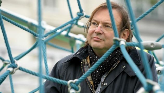 Stefan Thurner (Bild: APA/ROLAND SCHLAGER)