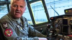 Generalmajor Franz Gruber (Bild: facebook.com/IsraeliAirForce.EN, APA/BUNDESHEER, krone.at-Grafik)