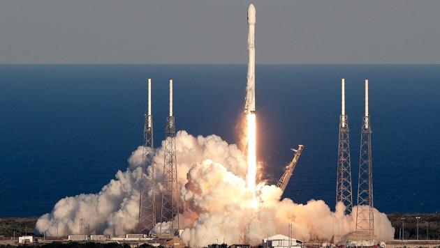 """Der Start von TESS an Bord einer """"Falcon""""-Rakete in Cape Canaveral (Bild: Associated Press)"""