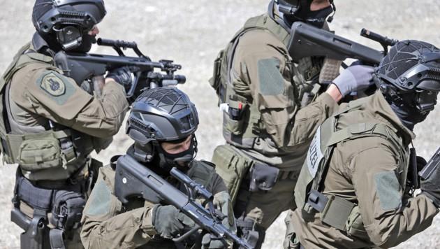 Cobra-Beamte mussten in Sölden einschreiten (Symbolbild). (Bild: Christof Birbaumer)