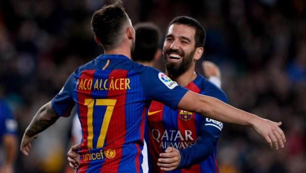 Paco Alcacer (links) und Arda Turan (Bild: AFP)