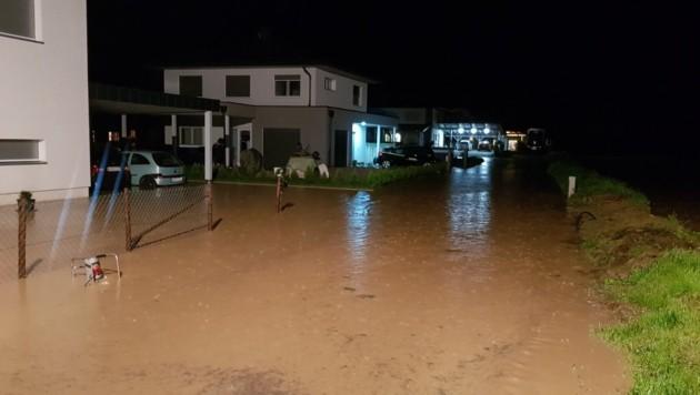 Die Siedlungen Siebending (Foto) und Eitweg im Lavanttal wurden überschwemmt. (Bild: FF St. Andrä im Lavanttal)
