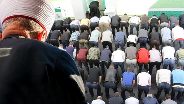 Erste Imame müssen nun Österreich verlassen