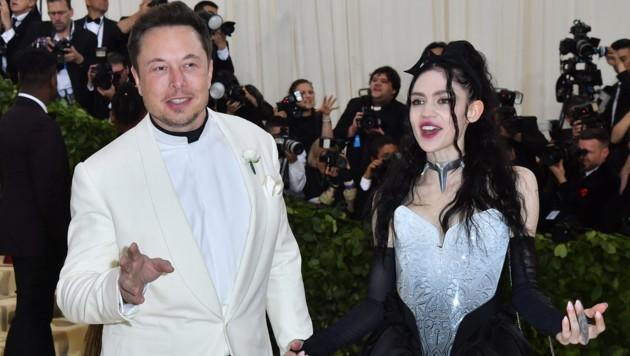 Elon Musk und Grimes bei der Met Gala 2018 (Bild: AFP or licensors)