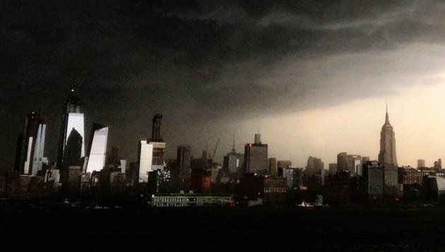 Sturmwolken über New York (Bild: Associated Press)