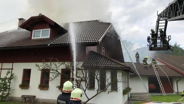 Die Feuerwehren konnten größeren Schaden verhindern. (Bild: Feuerwehr Völkermarkt)