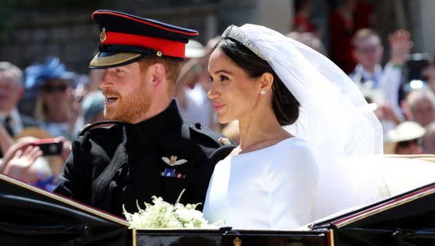 Harry und Meghan fuhren mit der Kutsche durch Windsor. (Bild: WPA Rota)