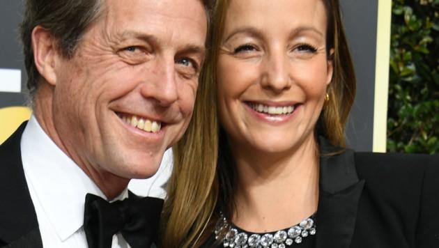 Hugh Grant und Anna Eberstein (Bild: AFP)