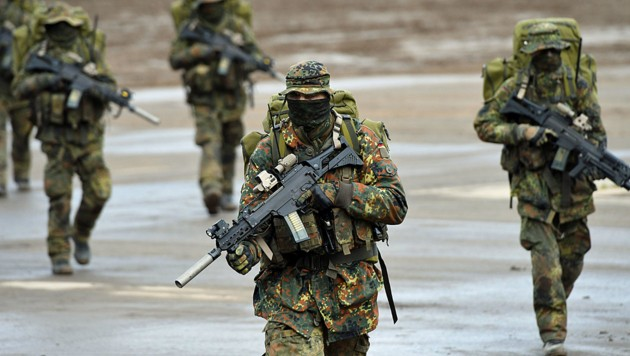 (Bild: APA/AFP/PATRIK STOLLARZ)