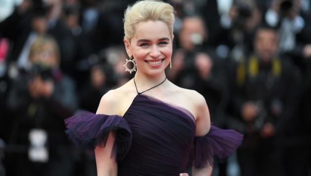 Wie-Emilia-Clarkes-Mutter-ihr-Sexleben-ruiniert