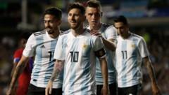Superstar Lionel Messi wird die Zuschauermassen sicher begeistern ... (Bild: AP)