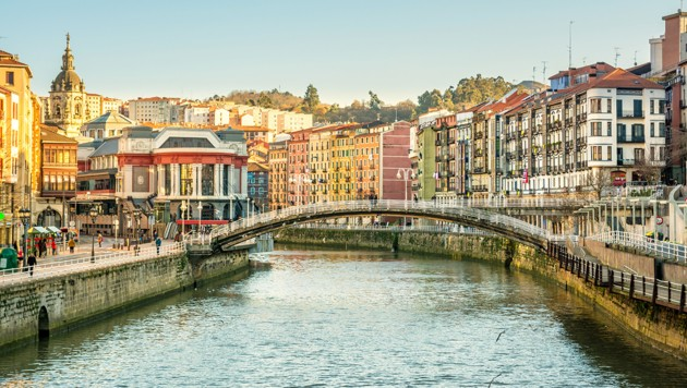 Bilbao (Bild: stock.adobe.com, krone.at-Grafik)