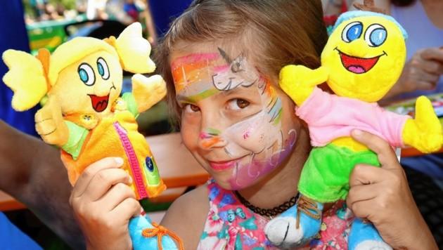 Leonie gefielen die Maskottchen der original Kinderhotels (Bild: Rojsek-Wiedergut Uta)