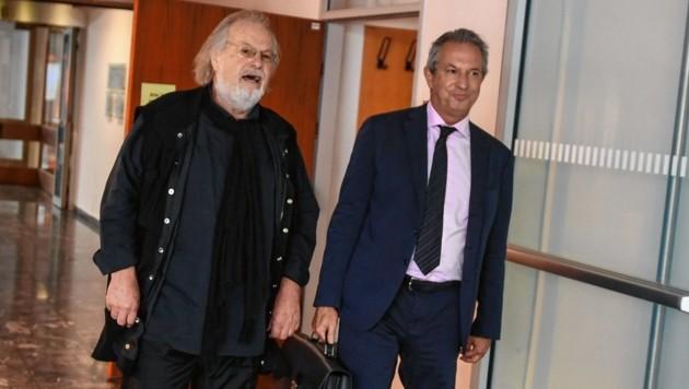 Kuhn (li.) und sein Anwalt Krüger (Bild: zeitungsfoto.at)