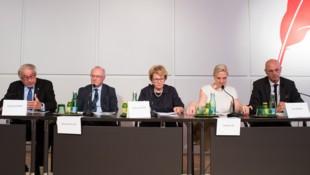 Gerald Schöpfer, Reinhard Haller, Waltraud Klasnic, Caroline List und Kurt Scholz  (Bild: APA/EXPA/MICHAEL GRUBER)