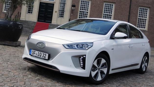 Hyundai Ioniq Elektro (Bild: Stephan Schätzl)