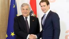 EU-Parlamentspräsident Antonio Tajani zu Gast bei Bundeskanzler Sebastian Kurz (Bild: ASSOCIATED PRESS)