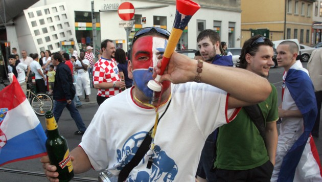 Polizeieinsatz Wegen Feiernden Kroaten In Linz Kroneat
