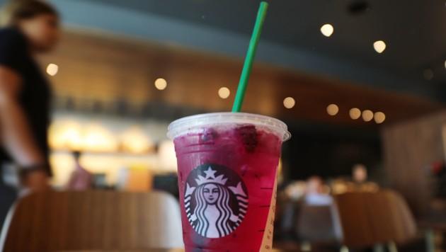 Bald wird es solche Trinkhalme bei Starbucks nicht mehr geben. (Bild: 2018 Getty Images)