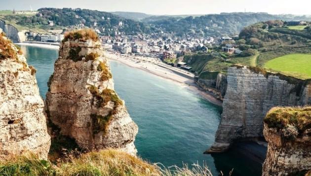 Kreidefelsen von Étretat in der Normandie (Bild: stock.adobe.com)