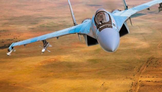 Ein Kampfjet des Typs Suchoi