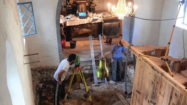 Erstmals wurde in der St. Johann Kirche in Globasnitz gegraben. Es tauchten Überreste einer älteren Kirche auf. (Bild: ÖAI/ÖAW.)