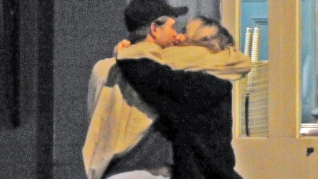 Robert Pattinson und Suki Waterhouse (Bild: www.PPS.at)
