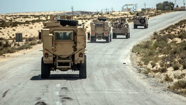 Israelische Sicherheitskräfte im Norden der Sinai-Halbinsel (Bild: AFP/Khaled Desouki)