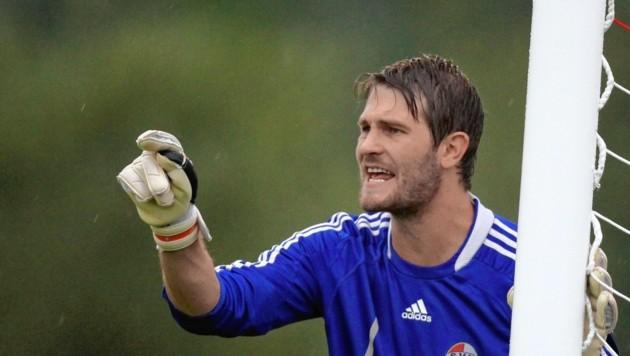 Aufsteiger Adnet mit Schlussmann Silvio Zanchetta ist in der Salzburger Liga angekommen. (Bild: Kronen Zeitung)