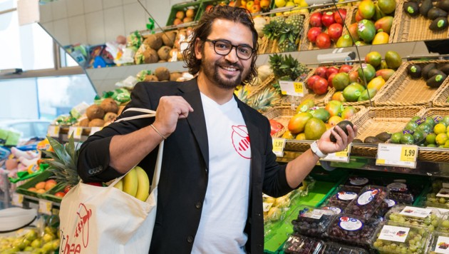 Umut Kivrak kann wieder lachen: Der Linzer gründete den Einkaufsdienstleister Yipbee. (Bild: Yipbee/Holzinger)