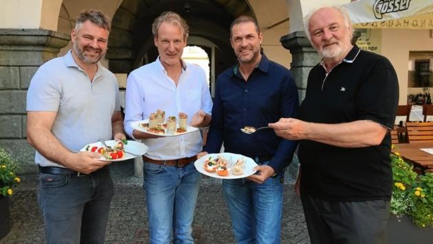 Adi Kulterer, Helmuth Micheler, Markus Geiger und Lojze Wieser (v.l.) freuen sich auf eine Woche voller Alpen-Adria-Genuss. (Bild: Steiner Clara Milena)