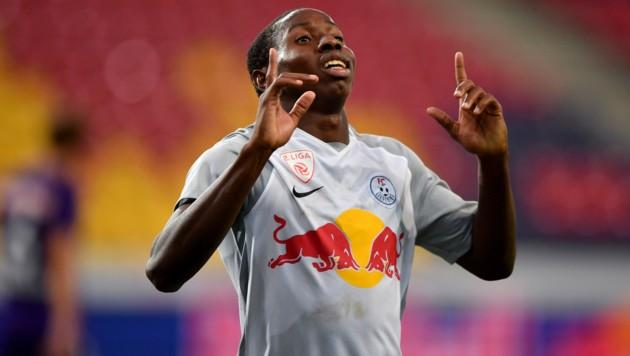 Mohamed Camara freut sich über sein Tor beim Sieg des FC Liefering gegen die Young Violets. (Bild: GEPA)