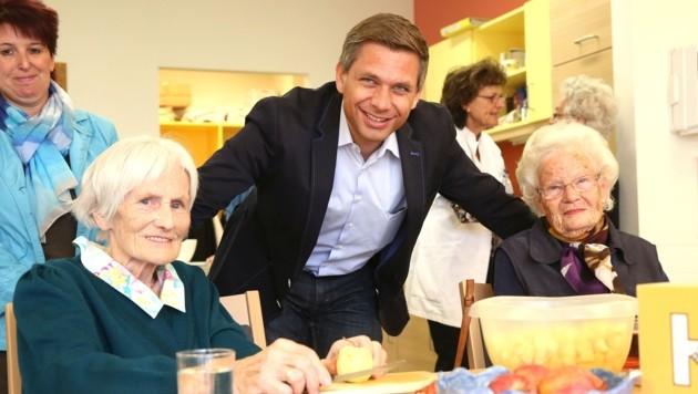ÖVP-Sozialsprecher Wolfgang Hattmannsdorfer ist auch Präsident des OÖ Hilfswerks und daher in gutem Kontakt mit pflegebedürftigen Menschen und ihren Betreuern. (Bild: ÖVP Oberösterreich)