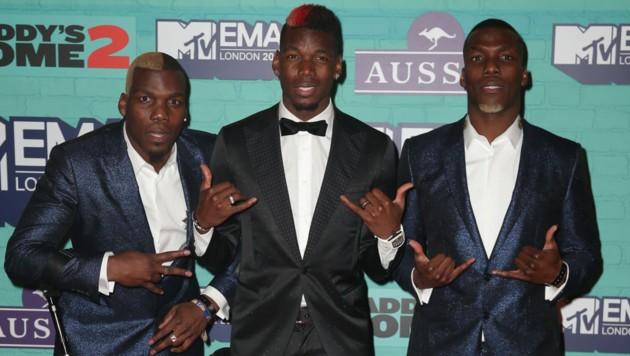 Paul Pogba (Mitte) mit seinen Brüdern Florentin (links) und Mathias (rechts) (Bild: AFP)