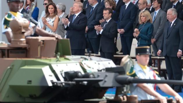 So eine Parade stellt sich auch US-Präsident Donald Trump vor - noch fehlt dafür das Geld. (Bild: AFP)